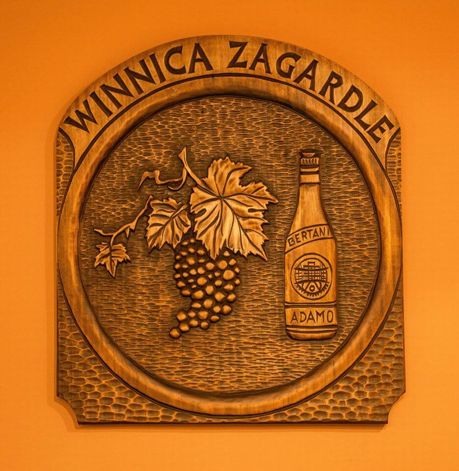 Winnica, winebar, kraków, enoturystyka, podróże, wine, poland, herb, winny, winiarnia