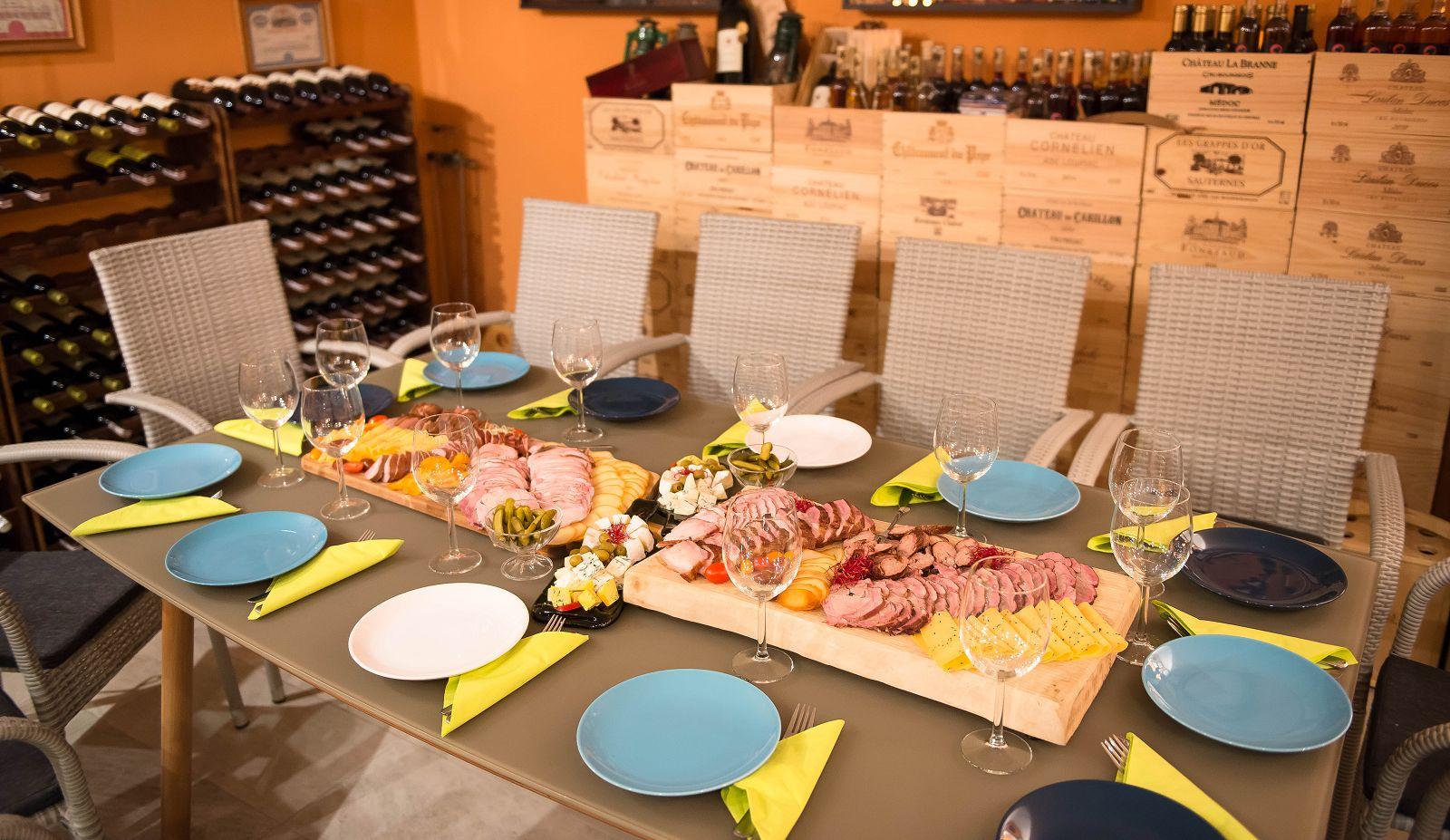 Degustacja wina w winnicy u producenta